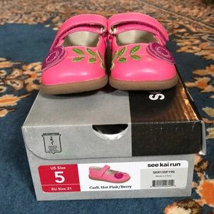 Like New See Kai Run leather Mary Janes